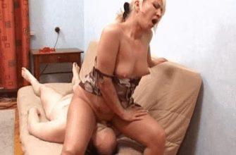 Порно гифки зрелых дам