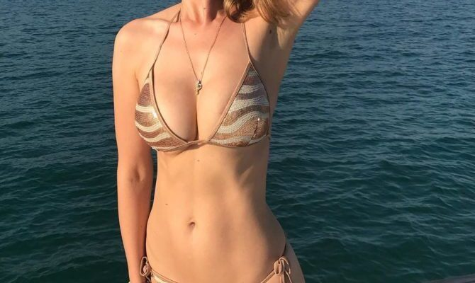 Александра Флоринская горячие фото в купальнике