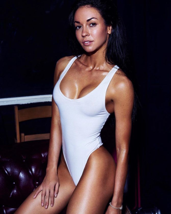 Анастасия Тукмачёва фото в купальниках